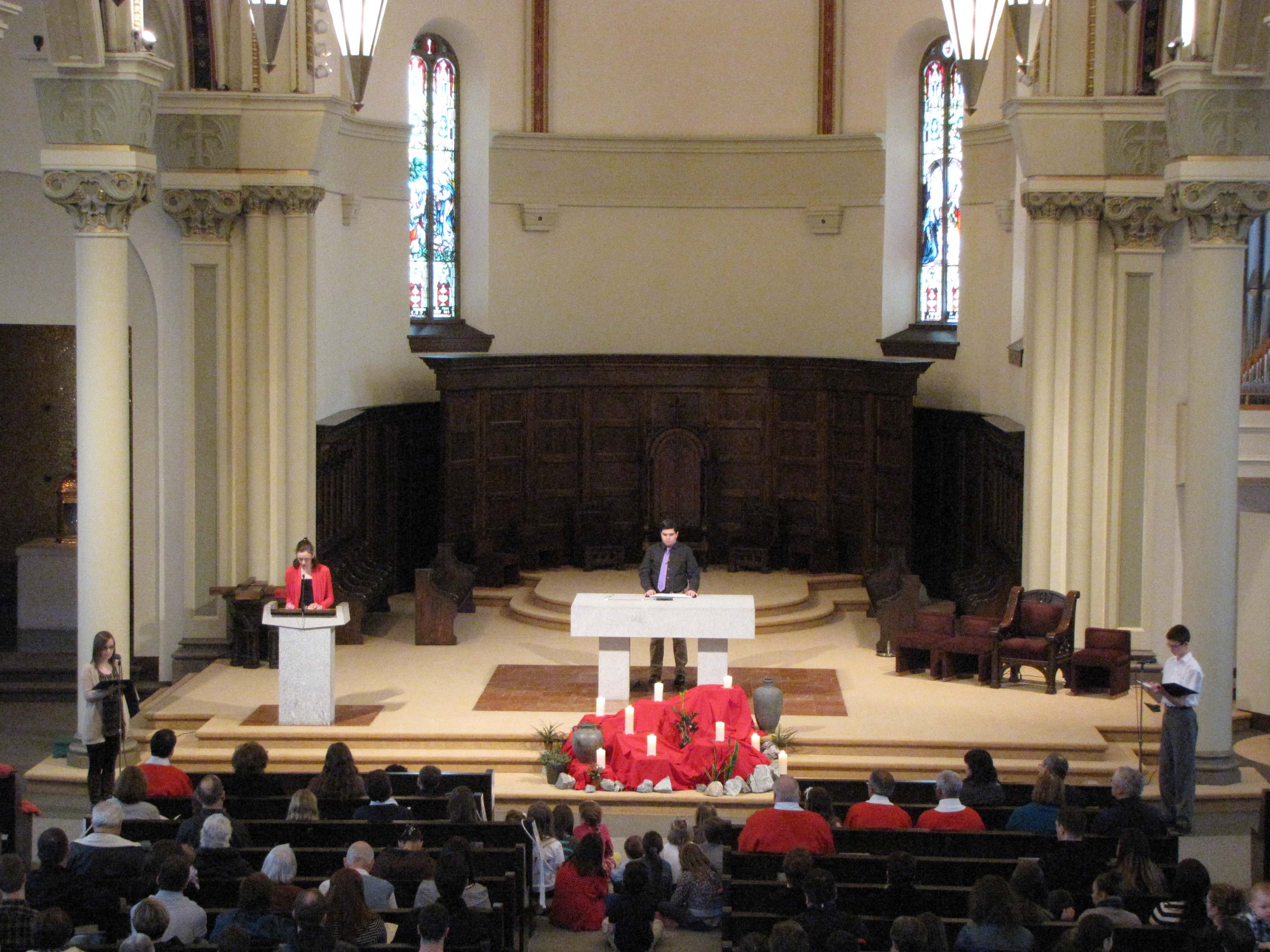 2014 Good Friday Childrens Mass Gospel Reading.jpg